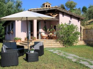 Villa del Poggio in Sabina with pool near Rome
