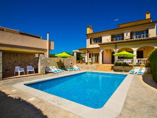 Amazing Villa in Cala Millor for 8 or 10 people