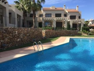 WiFi Option Roda Golf Holiday Townhouse Apartment, Los Alcázares