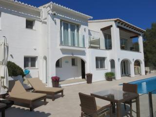 Luxury Villa El Portet Moraira Ideal for Families