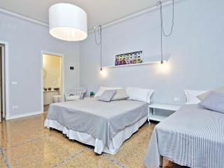 Spaziosa stanza del centro di Roma, Rome
