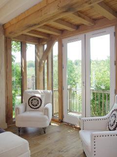 formal sitting room corner