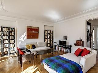 Delightful 3 Bedroom Apartment in Saint Germain