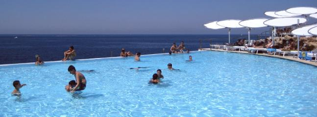Cafe del mar infinity pool just 5 minutes walk away from our apartment
