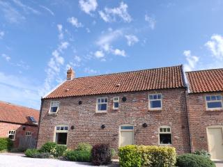 Granary Broadgate Farm Cottages 3 bed, Beverley