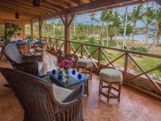Villa Ibiscus - Ocean Front Villa