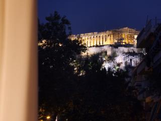 AURA 5 bdrm Apt with Acropolis view, Athens