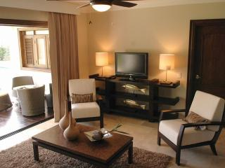 2 BR Royal Suite - All Inclusive Resort VIP Gold, Puerto Plata