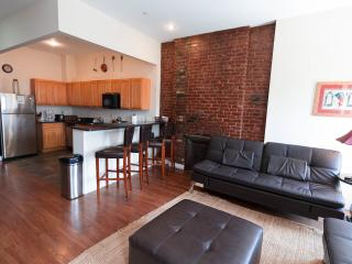 AMAZING 2 BEDROOM FLAT IN NYC!