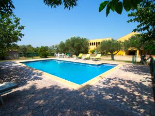 Catalunya Casas: Stunning Peralada mansion for 15 people, only 8km from Costa