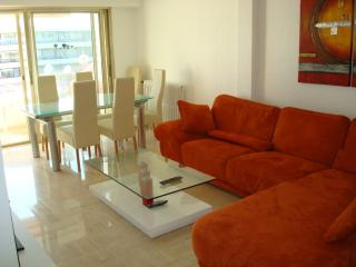 2 bedroom near the Carlton and Croisette., Cannes