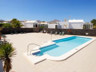 Casa Amarilla - Villa for mature adults  *****