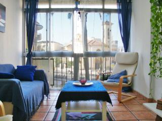 Close to the beach, the Dream in Blue Apartment is nice and cool