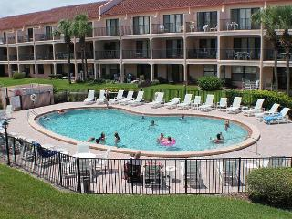 Ocean View Condo at Sea Place, Flat Screens, WIFI, 2 Balcony's, 2 Pools, Saint Augustine