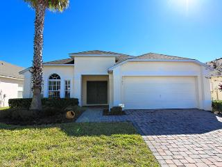 4763CL - 4 Bed 3 Bath Spa and Games Room Villa, Kissimmee