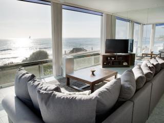 Stunning Windansea Oceanfront (A), La Jolla