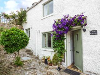 CHAPEL COTTAGE, open fire, pet-friendly, in Richmond, Ref 18726