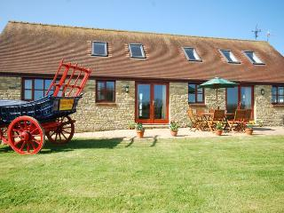 BOWMI Barn in Shaftesbury, West Stour