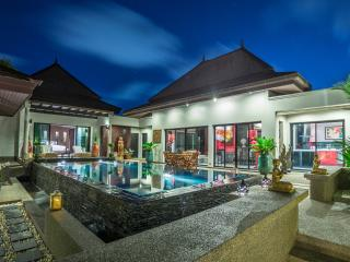 3 bedroom pool villa in Surin with a private chef, Bang Tao Beach