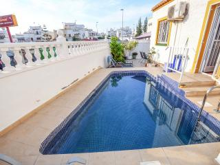 Villa with private pool and free Wifi, Torrevieja