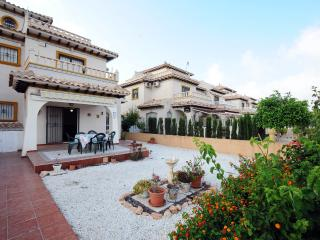 2 bedroom 2 bathroom quad villa Lomas de Cabo Roig