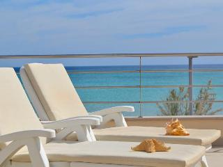 110 Top apartment with terrace in  Alcudia bay, Ca'n Picafort