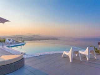 blueground Villa Coral, Porto Rafti