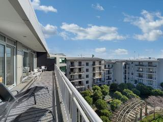 Quiet 2 Bedroom Penthouse Apartment Viaduct Area of Auckland City, Auckland Central