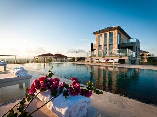Athena Seafront Villas, Tersanas
