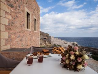 Spiti sto Kastro-House in the Castle, Monemvasia