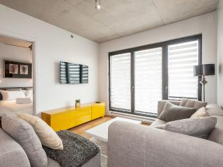 Furnished 2-bedroom condo, Lowney-sur-ville - 978, Montreal