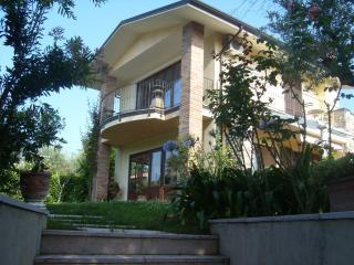 Villa Sinatra Soiano del Lago, Soiano Del Lago