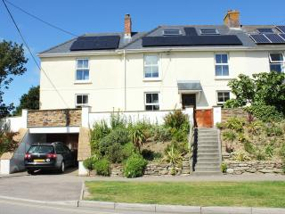 Spacious 5 bed village property with huge garden near beach. Fab 5 Star reviews.