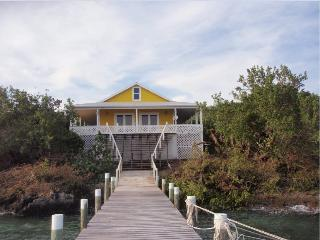 Summer Special Water Front  Seas the Day Cottage, Great Guana Cay