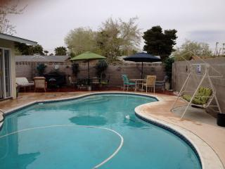 Comfortable Home w/Pool near Las Vegas Strip