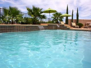 Lake Las Vegas Tuscan Style Home Pool-Spa NV2112, Henderson