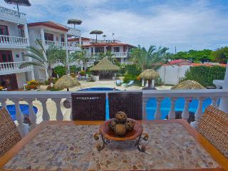 Paloma Blanca 2C 2nd Floor Pool View, Jaco