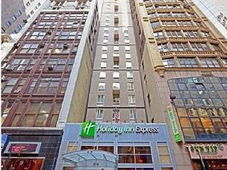 Impressive Holiday Inn Express NY 5th Ave, Nueva York