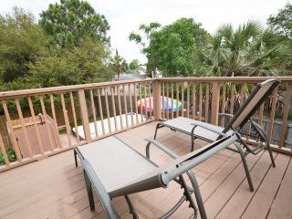Resort style home, 4 season spa pool, boat ramp