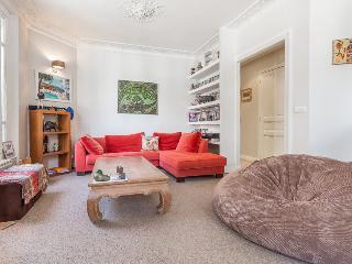 2 Bedrooms Flat - Puteaux