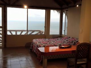 Suite for rent in front of the beach., Santa Marianita