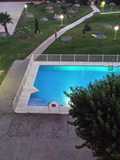 piscina jardines
