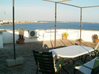 Gallipoli centro storico - Terrazza sul mare
