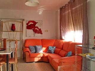 [82] Lovely apartment only 1 min from the beach, Cadiz