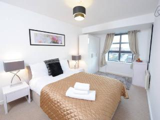'Welcome home'. 2 bed, Piccadilly, sleeps 6 (5B), Manchester