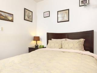Little Italy Grand 2BR Piedatterra!