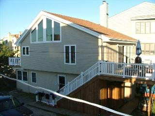 Ocean Block Single Family Home - 16a Dickinson, Dewey Beach