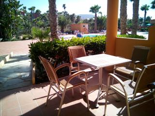 CHARMING OASIS,POOL,200MT BEACHES, NEXT AMENITIES, Corralejo