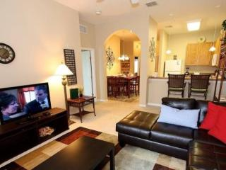 3 Bedroom 2 Bathroom 3rd Floor Condo with Pool View 615RR-32, Orlando