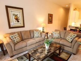 3 Bedroom 2 Bath First Floor Condo Next to Pool. 603LL, Orlando